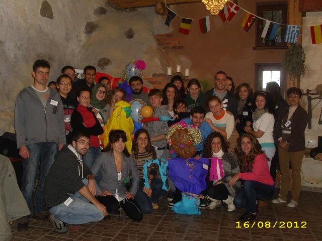 Jóvenes benalmadenses participan en un intercambio multicultural en Polonia