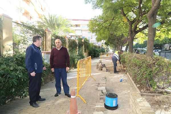 Servicios Operativos acometen mejoras en Calle Boulevard