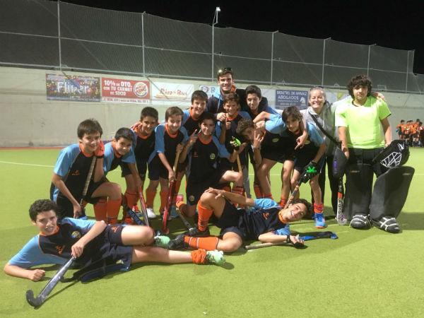 La línea masculina del Club Hockey Benalmádena, campeona en sus respectivas Copas de Andalucía