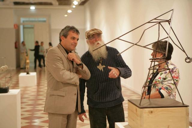 El Centro Cívico acoge la exposición 'Cuatro estaciones: otoño, esculturas del silencio' de la Asociación Aplama