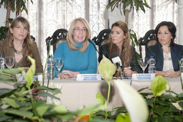 La Alcaldesa destaca la necesidad de seguir trabajando en materia de educación y sensibilización para erradicar la violencia de género