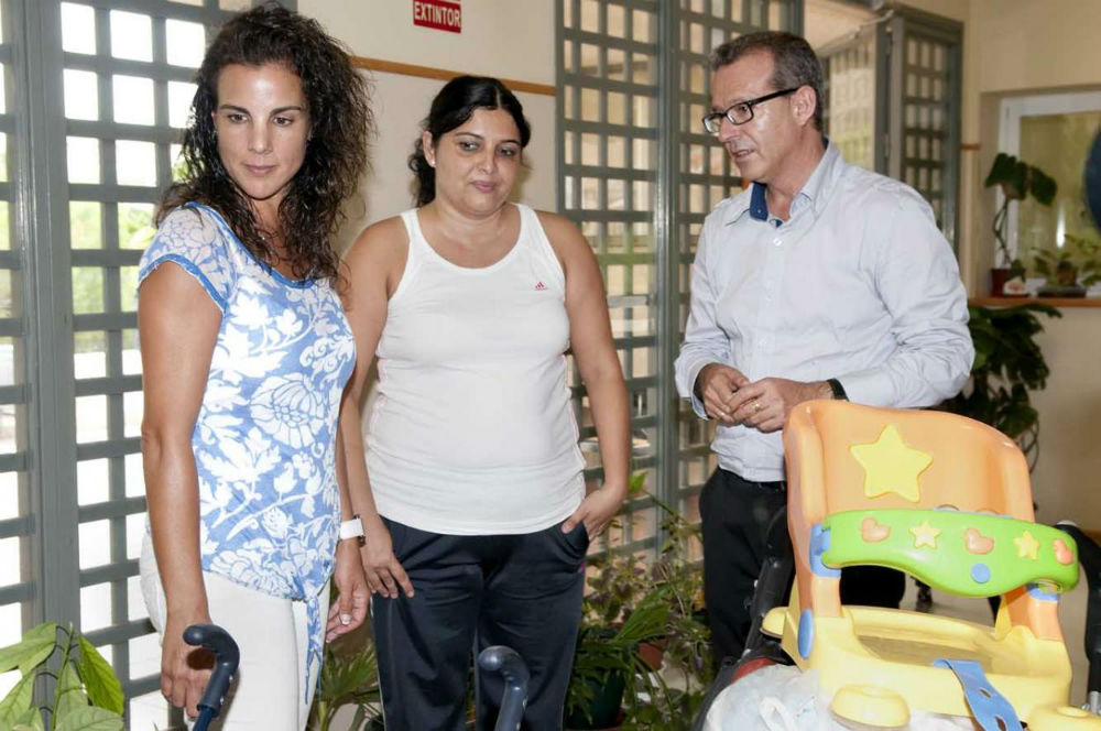 El Colegio Mariana Pineda se vuelca para ayudar a los afectados por el gran incendio de la provincia