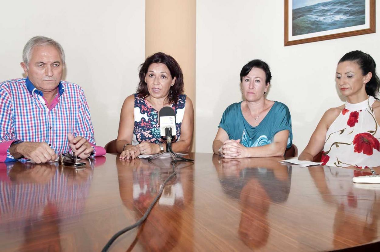 La ACEB organiza un amplio programa de actividades para participar en la Feria Virgen de la Cruz