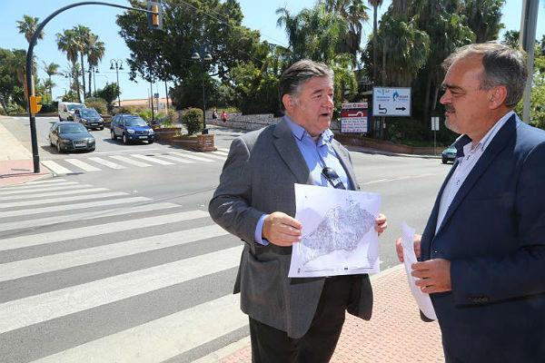 El Ayuntamiento renueva y mejora la señalización de tráfico en el municipio