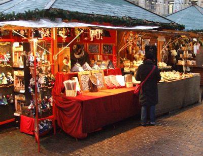 Mercadillo tradicional navideño en Benalmádena pueblo