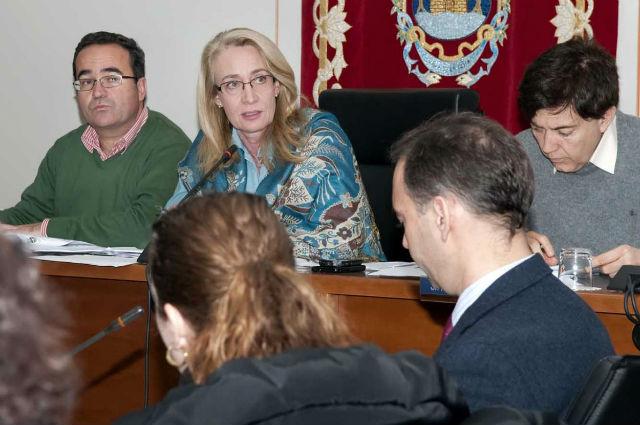 La corporación solicitará a la Junta la renovación de la declaración de Benalmádena como municipio de gran afluencia turística