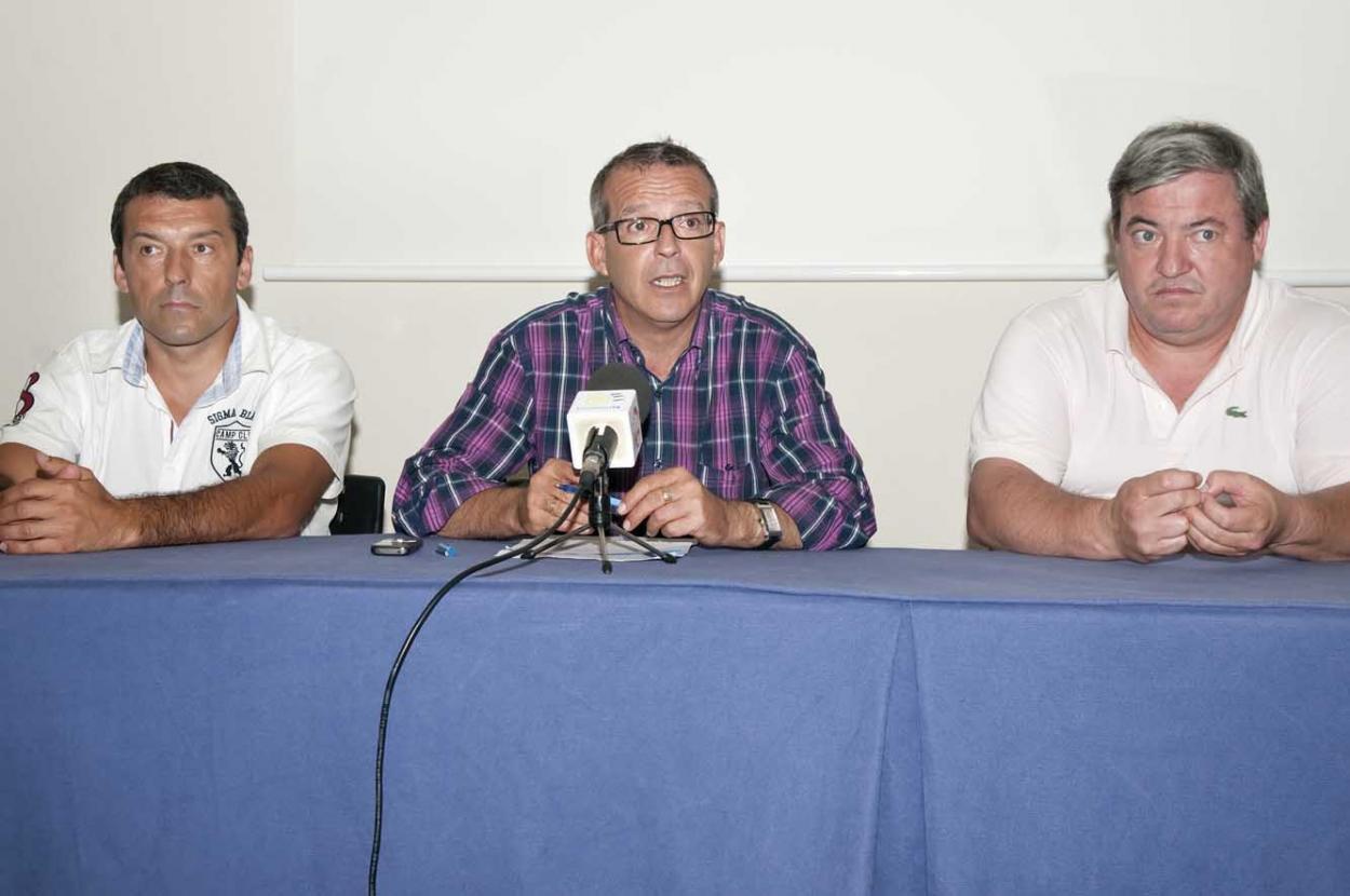 El Consistoria confecciona un nuevo programa de eventos para llenar de contenido las noches de agosto en el Puerto Deportivo