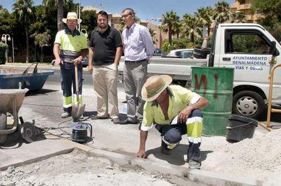 Servicios Operativos Reinicia las Obras de Eliminación de Barreras Arquitectónicas en el PAseo Marítimo de Sunset Beach.