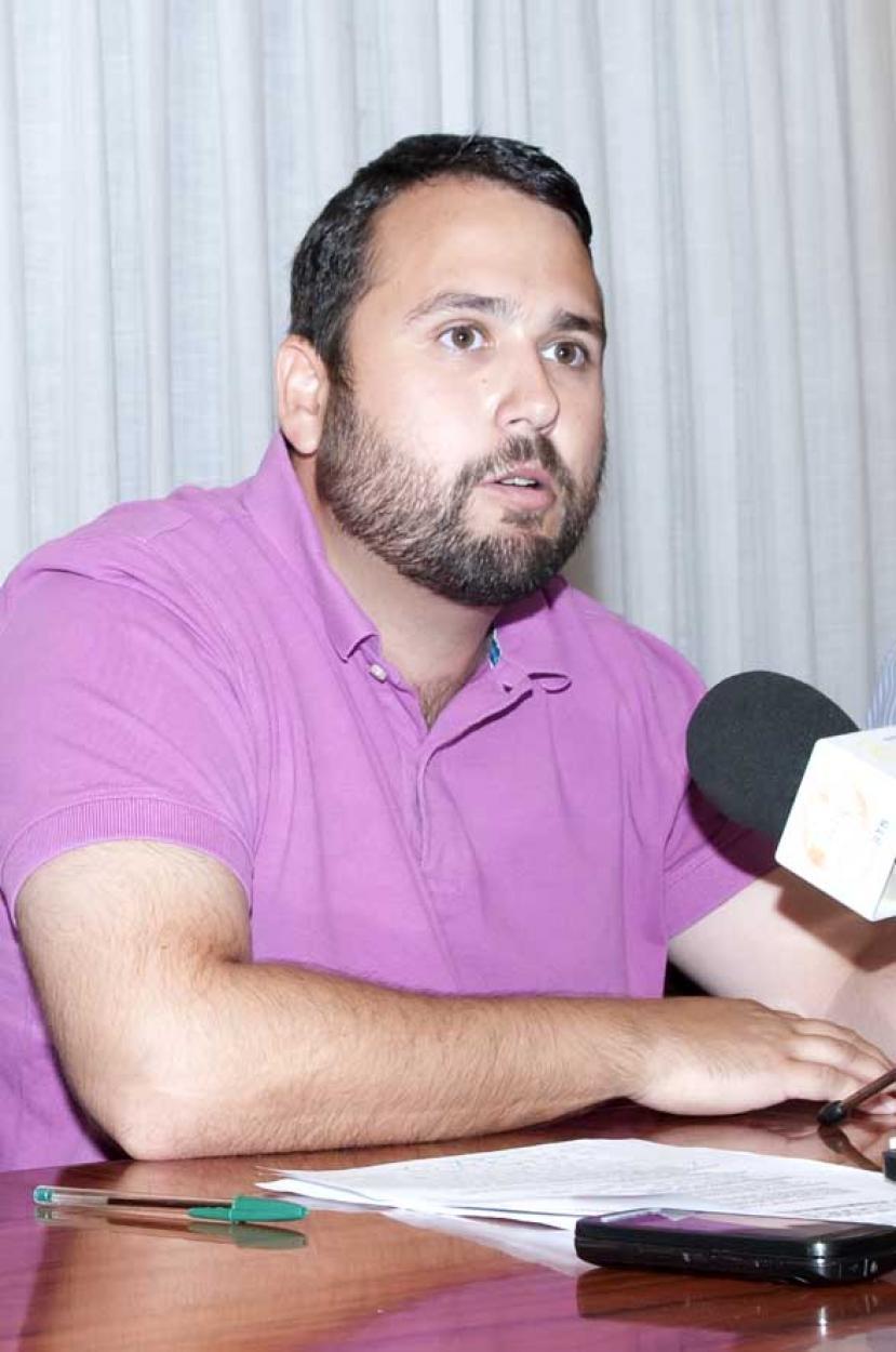 El Club Municipal de Raqueta acomete obras de mejora en sus instalaciones de cara a la nueva temporada