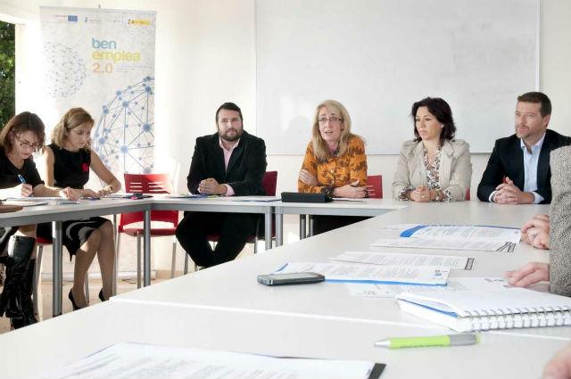 La Alcaldesa destaca la necesidad de seguir trabajando de manera conujunta administraciones y agentes sociales en materia de empleabilidad