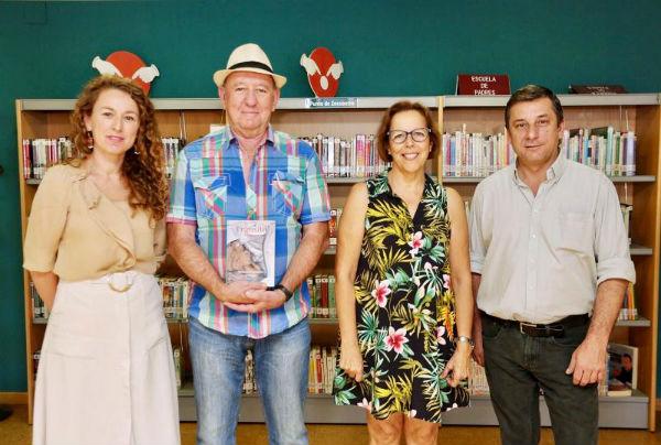 La Biblioteca del Arroyo de la Miel acogerá la presentación del libro de poemas ¨Tránsito¨