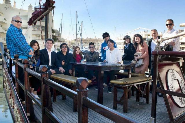 El Puerto Deportivo se convierte en el escenario para la grabación de un reportaje de la televisión tailandesa