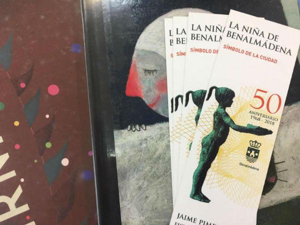 La Biblioteca Arroyo de la Miel imparte un taller de serigrafía para niños sobre La Niña de Benalmádena