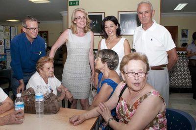 La Alcaldesa Visita el Centro de Día
