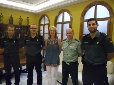 La Alcaldesa recibe al nuevo capitán de la guardia civil en la Costa del Sol occidental.