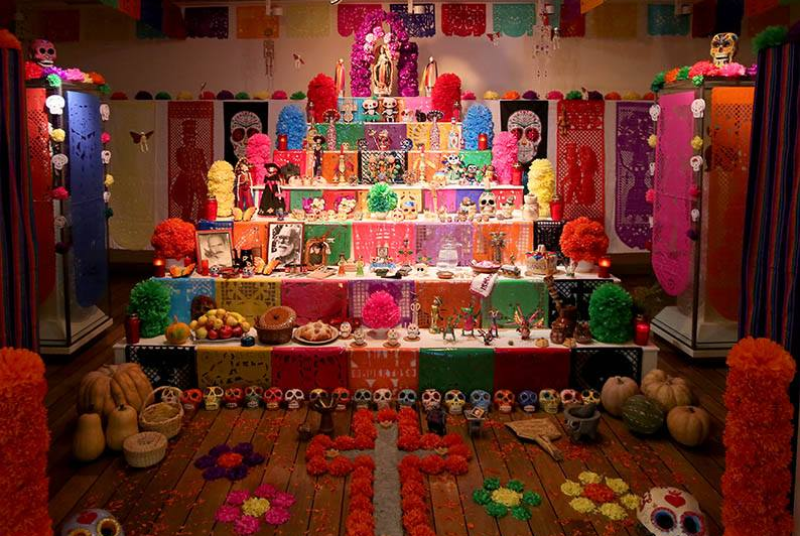 MEXICAN ALTAR FOR THE DECEASED